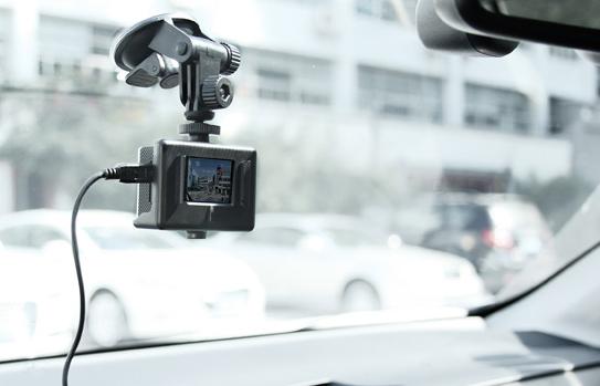 Камеры SJ5000 отлично справляется с функцией видеорегистратора